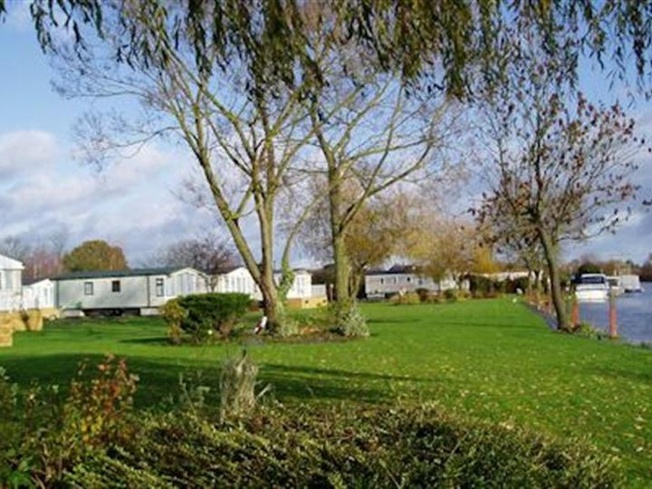 Rivermead Holiday Home Park Wyre Piddle Pershore
