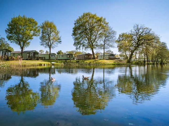 Reflections at Pearl Lake Country Holiday Park, Herefordshire