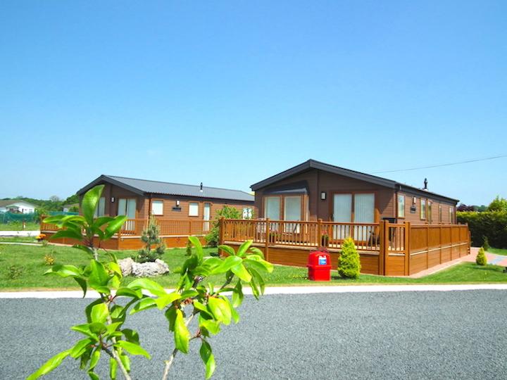 Lodge on Oakmere Lodge Park